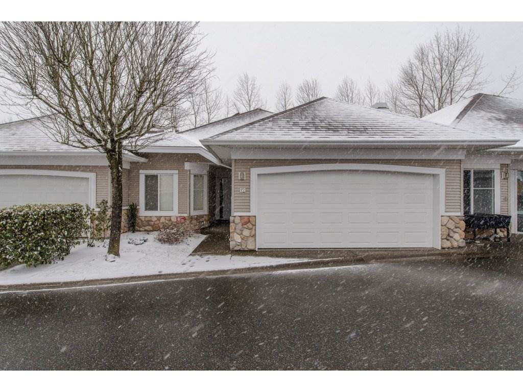 """Main Photo: 12 31501 UPPER MACLURE Road in Abbotsford: Abbotsford West Townhouse for sale in """"Maclure Walk"""" : MLS®# R2141475"""
