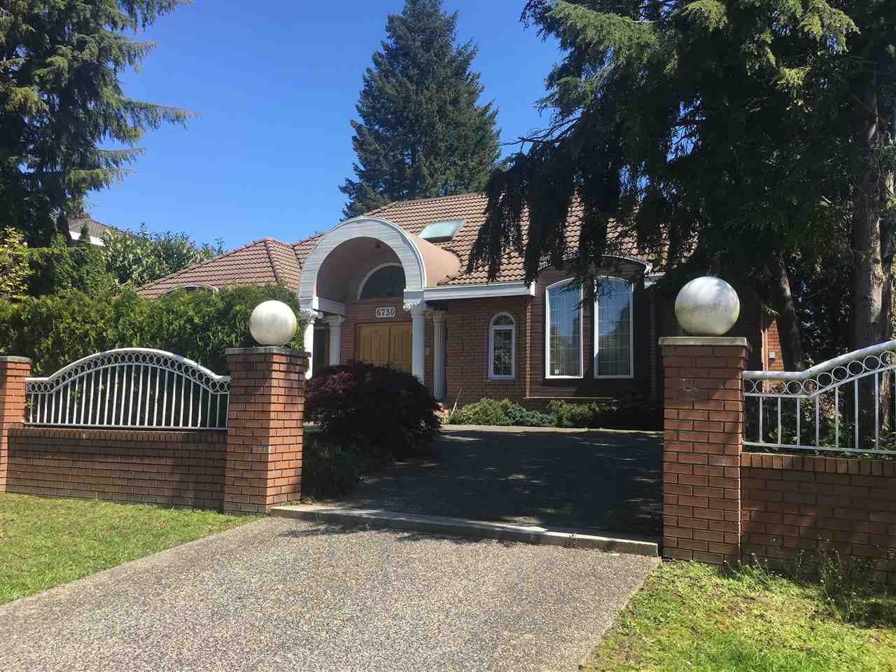 Main Photo: 6730 CHURCHILL Street in Vancouver: South Granville House for sale (Vancouver West)  : MLS®# R2153755
