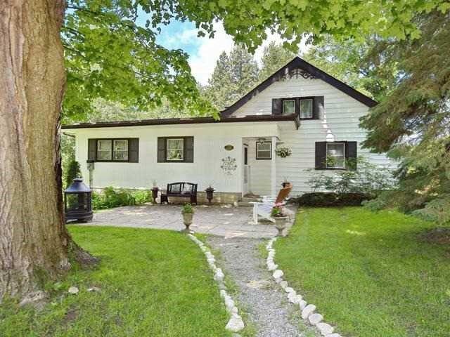 Main Photo: 330 Morrison Ave in BEAVERTON: Brock Freehold for sale (Beaverton)  : MLS®# N3846176