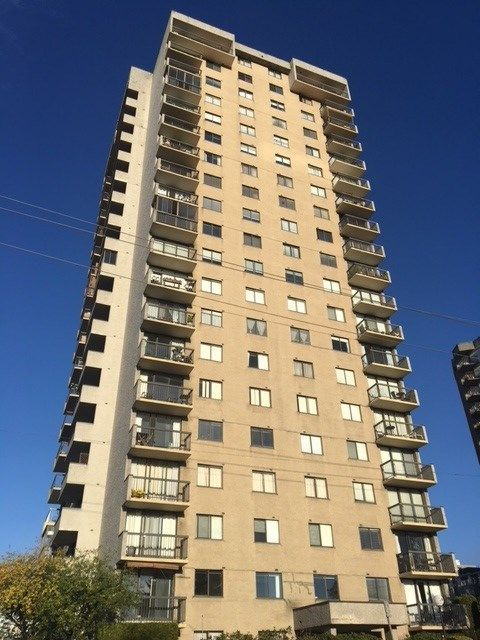 """Main Photo: 1201 145 ST. GEORGES Avenue in North Vancouver: Lower Lonsdale Condo for sale in """"The Talisman"""" : MLS®# R2217865"""
