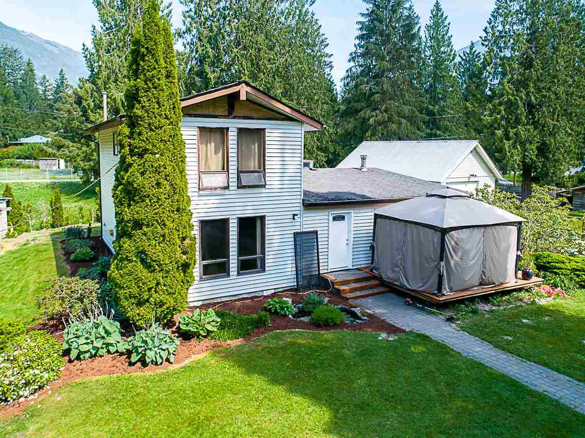 Main Photo: 50541 O'BYRNE Road in Sardis - Chwk River Valley: Chilliwack River Valley House for sale (Sardis)  : MLS®# R2269093