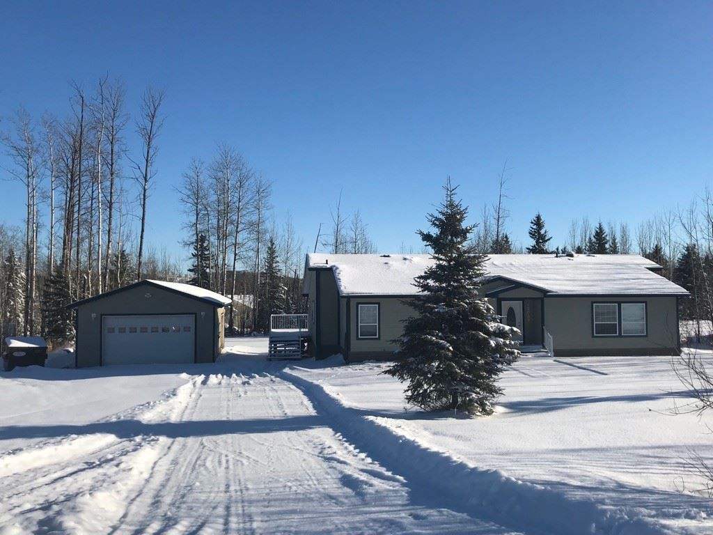 """Main Photo: 13039 HUNTER'S Lane: Charlie Lake Manufactured Home for sale in """"BEN'S SUBDIVISION"""" (Fort St. John (Zone 60))  : MLS®# R2298244"""