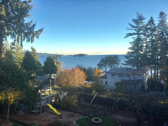 Main Photo: 1025 GOWER POINT Road in Gibsons: Gibsons & Area House for sale (Sunshine Coast)  : MLS®# R2321635