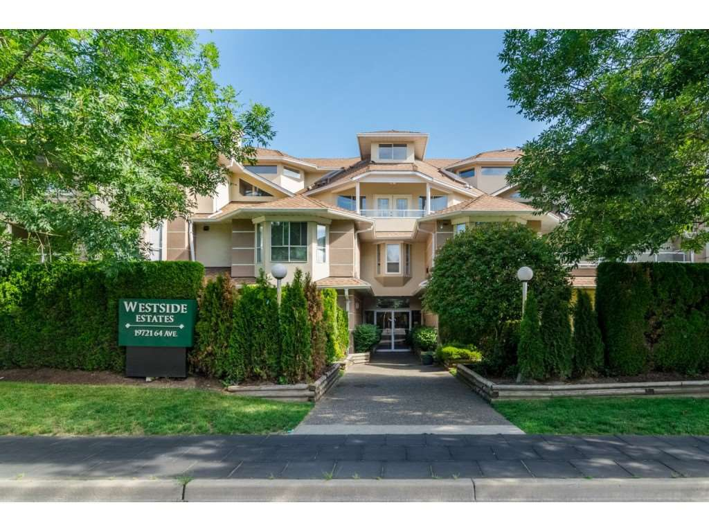 """Main Photo: 308 19721 64 Avenue in Langley: Willoughby Heights Condo for sale in """"Westside Estates"""" : MLS®# R2358336"""
