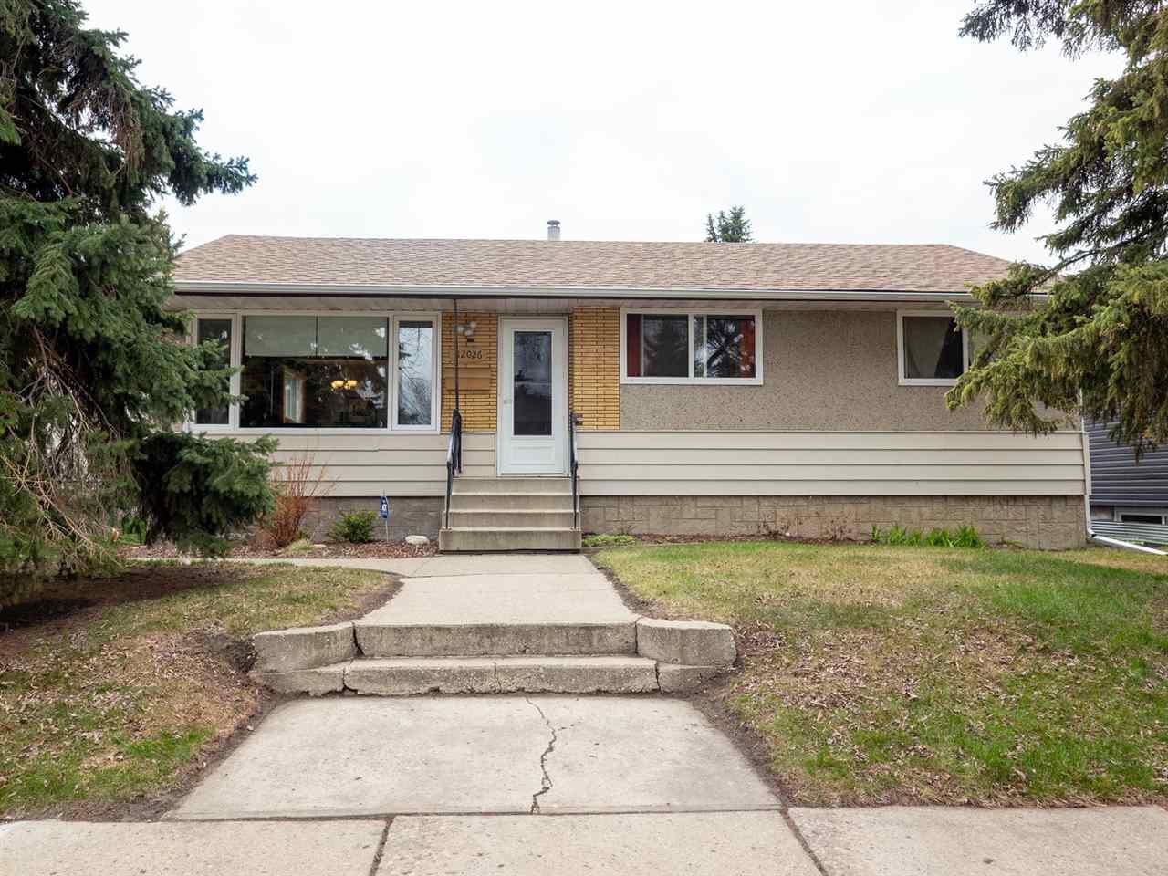 Main Photo: 12026 38 Street in Edmonton: Zone 23 House for sale : MLS®# E4155557