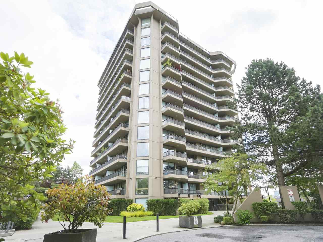 "Main Photo: 302 3760 ALBERT Street in Burnaby: Vancouver Heights Condo for sale in ""BOUNDARY VIEW"" (Burnaby North)  : MLS®# R2384713"