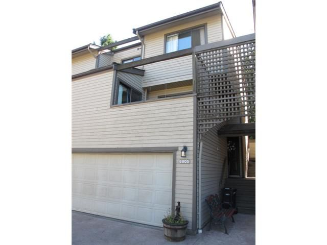 """Main Photo: 5805 MAYVIEW Circle in Burnaby: Burnaby Lake Townhouse for sale in """"ONE ARBOURLANE"""" (Burnaby South)  : MLS®# V908314"""