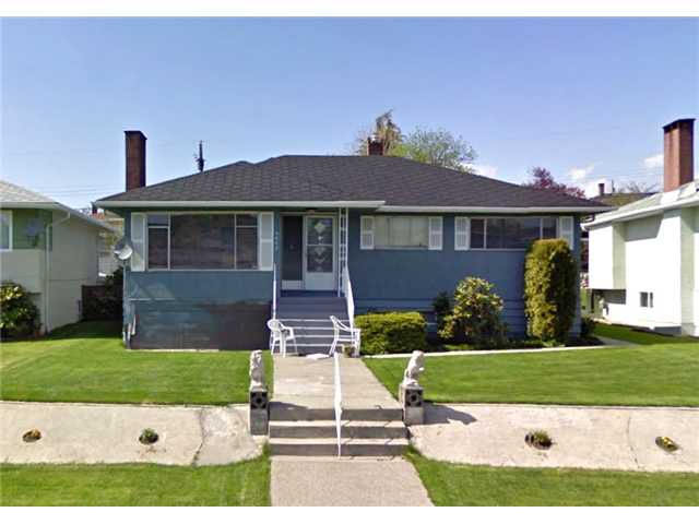 """Main Photo: 4665 WESTLAWN Drive in Burnaby: Brentwood Park House for sale in """"BRENTWOOD PARK"""" (Burnaby North)  : MLS®# V910684"""