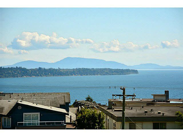 "Main Photo: 305 1354 WINTER Street: White Rock Condo for sale in ""Winter Estates"" (South Surrey White Rock)  : MLS®# F1448115"