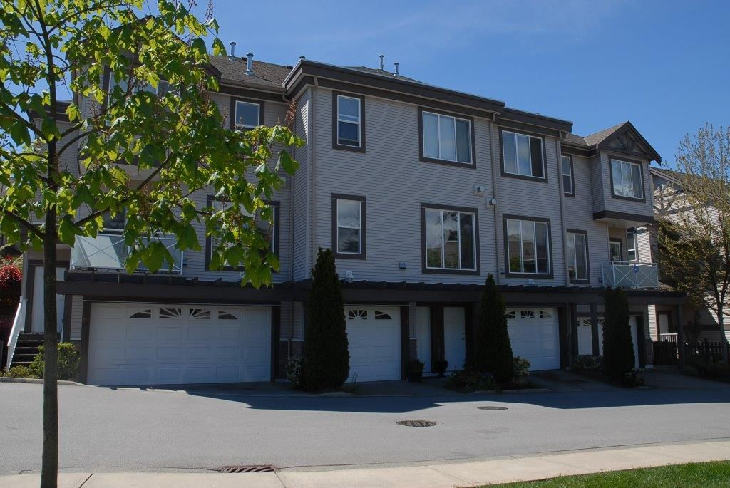 """Main Photo: 17 15133 29A Avenue in Surrey: King George Corridor Townhouse for sale in """"STONEWOODS"""" (South Surrey White Rock)  : MLS®# R2082402"""