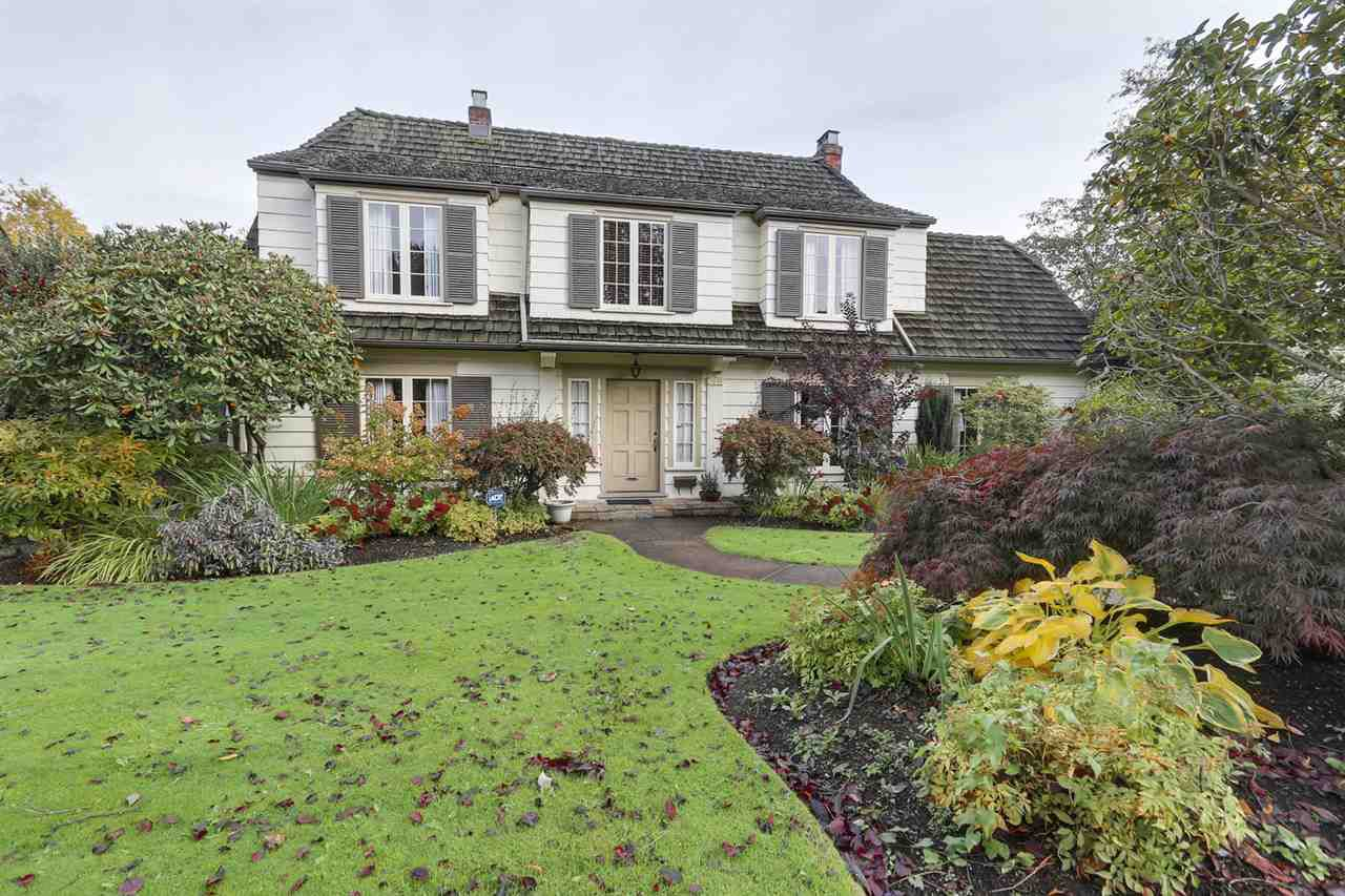 Main Photo: 2554 WALLACE Crescent in Vancouver: Point Grey House for sale (Vancouver West)  : MLS®# R2175399