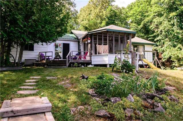 Main Photo: 379 Whitestone Lake Road in Whitestone: House (Bungalow) for sale : MLS®# X3847174