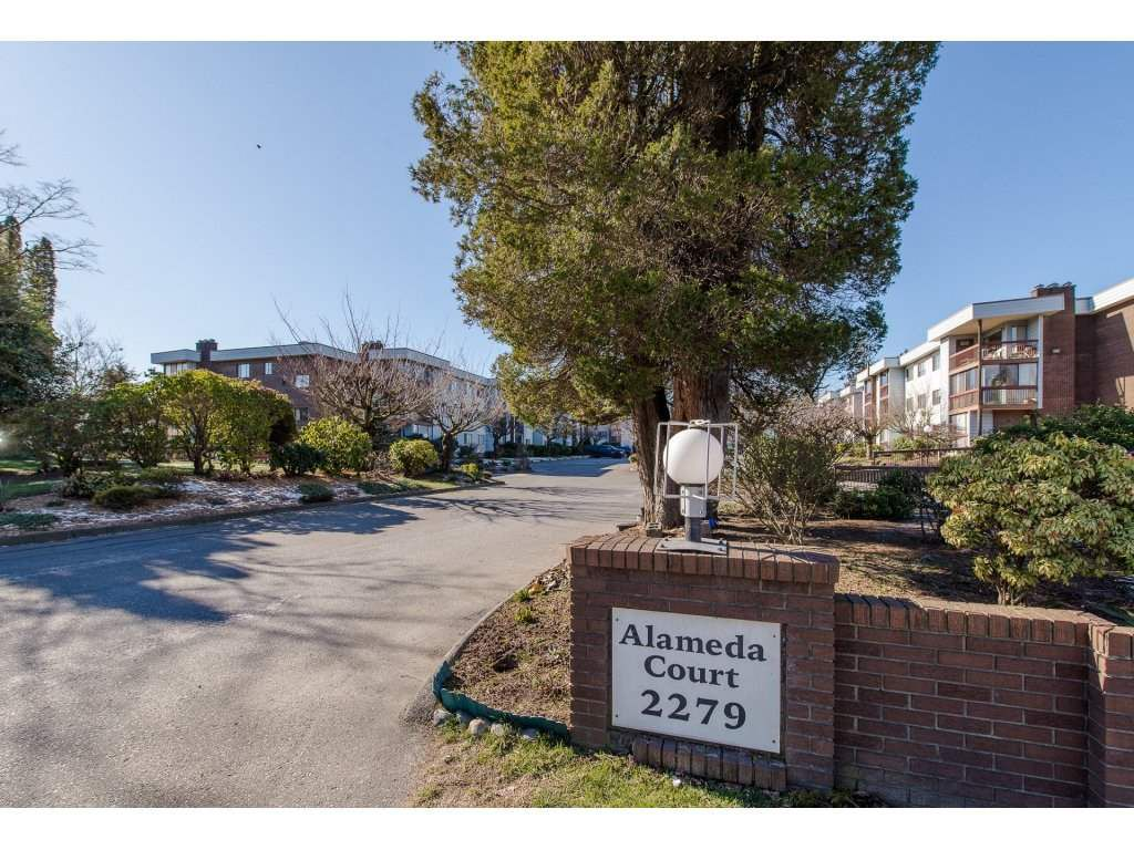 "Main Photo: 204 2279 MCCALLUM Road in Abbotsford: Central Abbotsford Condo for sale in ""Alameda Court"" : MLS®# R2242096"