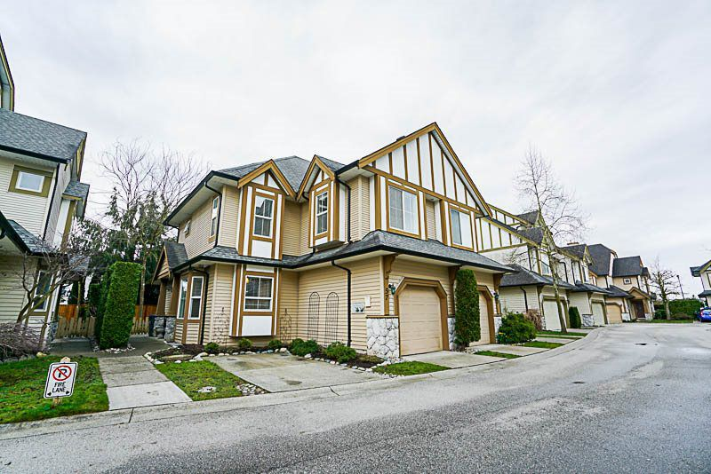 Main Photo: 57 18707 65 in Cloverdale: Cloverdale BC Townhouse for sale (Surrey)  : MLS®# R2247771