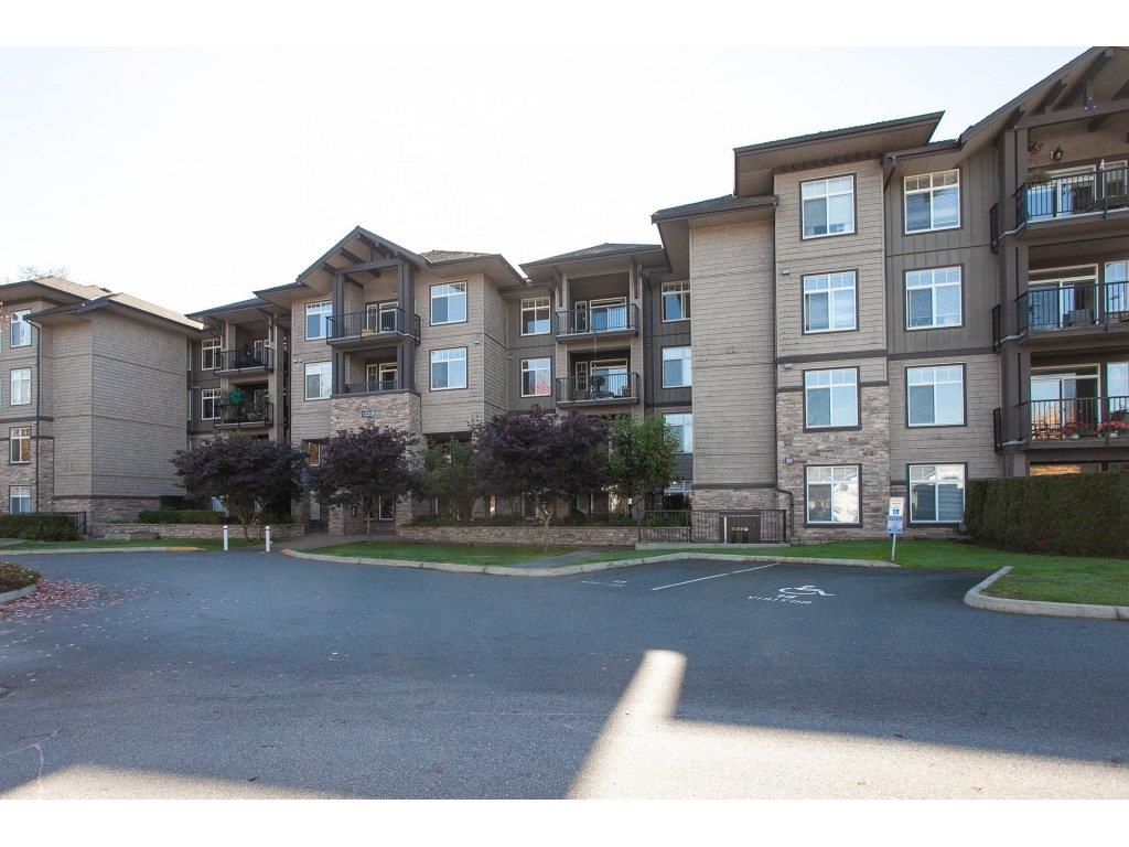 "Main Photo: 304 12268 224 Street in Maple Ridge: East Central Condo for sale in ""STONEGATE"" : MLS®# R2316483"