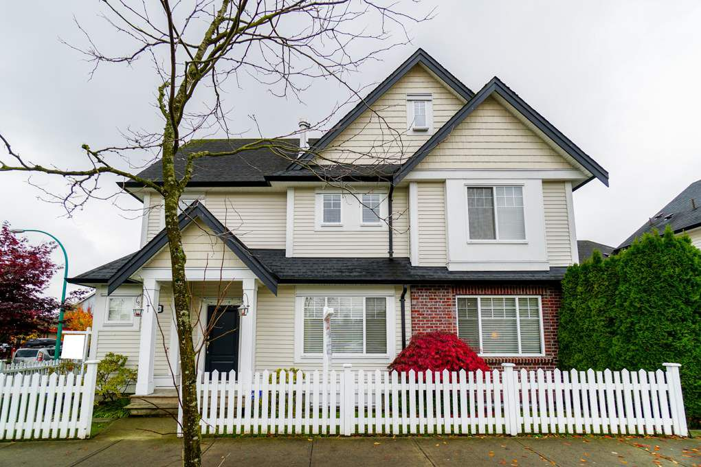 """Main Photo: 19368 68 Avenue in Surrey: Clayton House for sale in """"CLAYTON"""" (Cloverdale)  : MLS®# R2319738"""