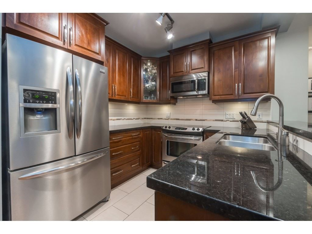 """Main Photo: 139 8288 207A Street in Langley: Willoughby Heights Condo for sale in """"Yorkson Creek"""" : MLS®# R2371474"""