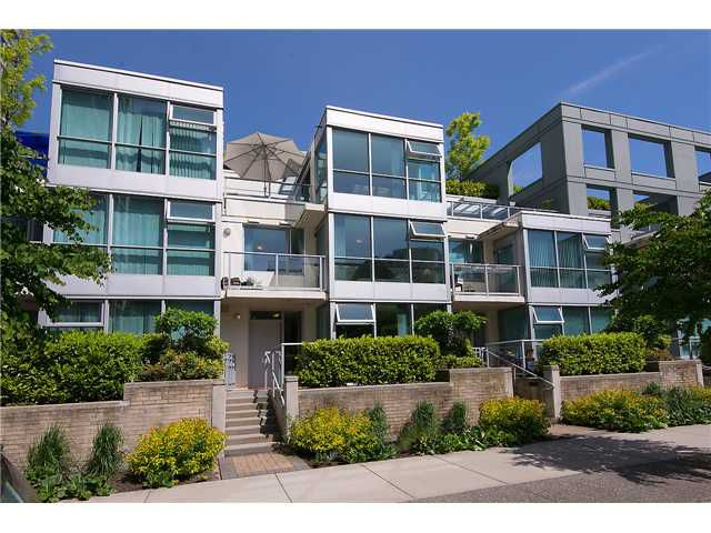 "Main Photo: 149 MILROSS Avenue in Vancouver: Mount Pleasant VE Townhouse for sale in ""CREEKSIDE"" (Vancouver East)  : MLS®# V1065710"