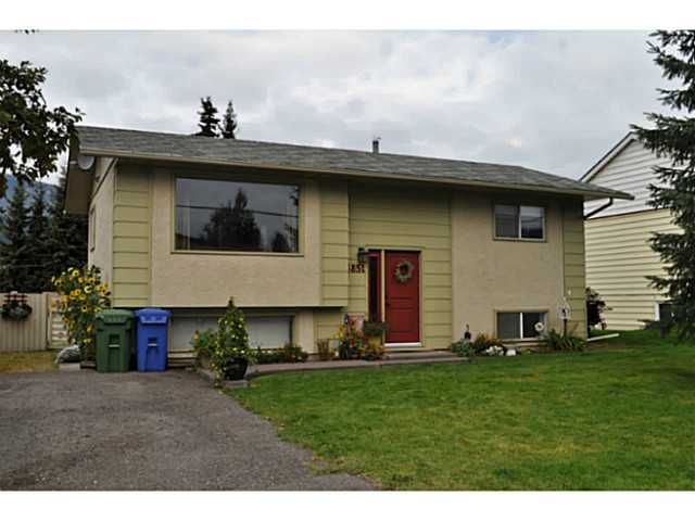 Main Photo: 3851 10TH Avenue in Smithers: Smithers - Town House for sale (Smithers And Area (Zone 54))  : MLS®# N239653