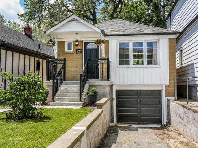 Main Photo: 22 Preston Street in Toronto: Birchcliffe-Cliffside House (Bungalow) for sale (Toronto E06)  : MLS®# E3236263