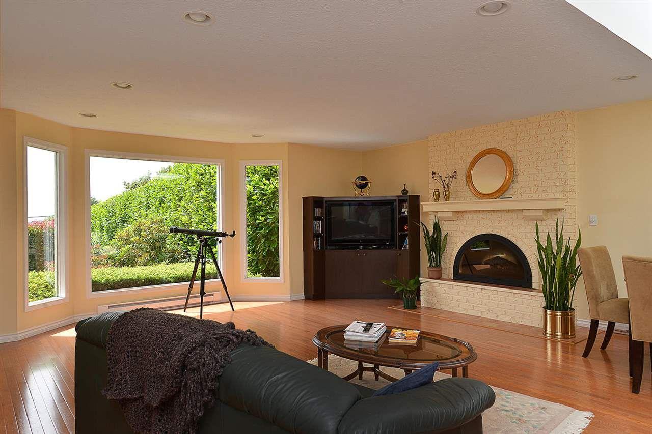 Photo 6: Photos: 5130 CHAPMAN Road in Sechelt: Sechelt District House for sale (Sunshine Coast)  : MLS®# R2085227