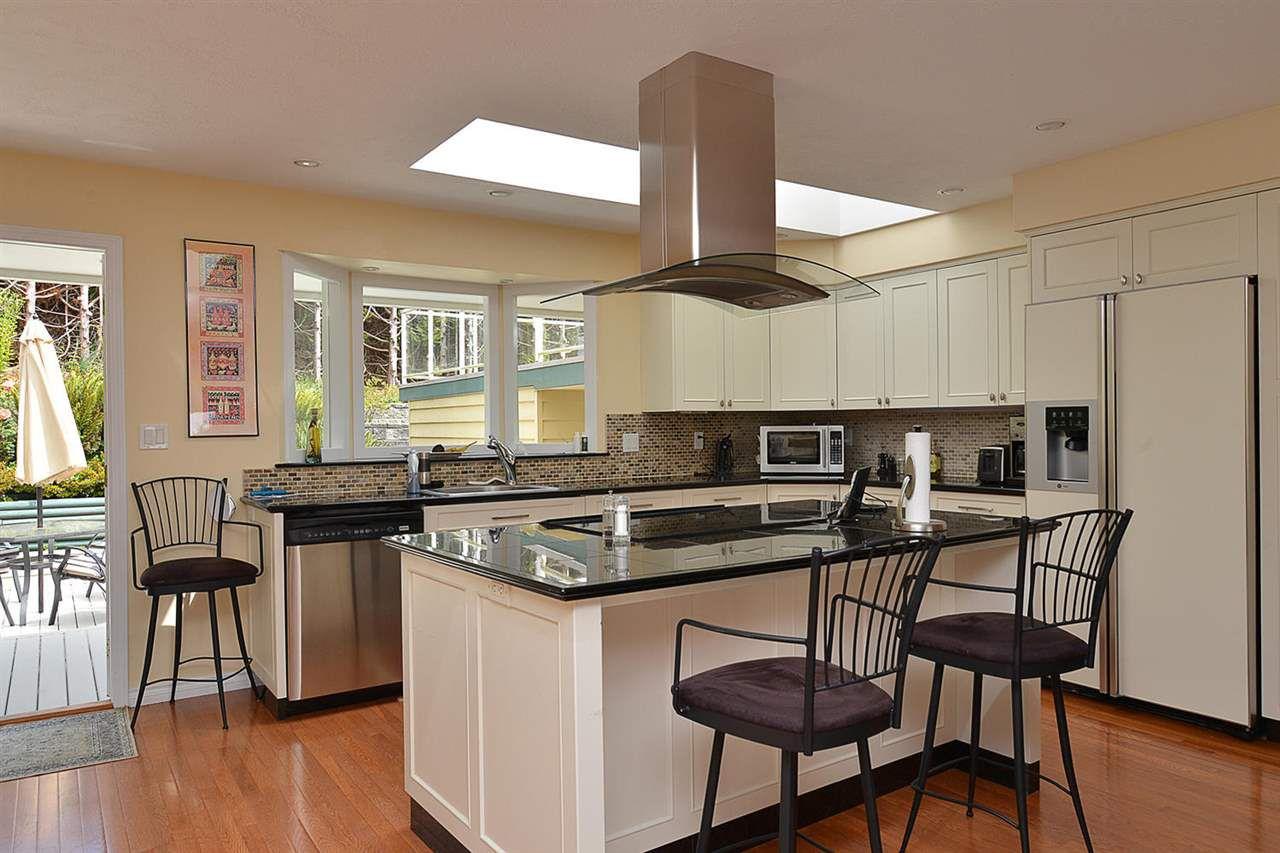 Photo 7: Photos: 5130 CHAPMAN Road in Sechelt: Sechelt District House for sale (Sunshine Coast)  : MLS®# R2085227