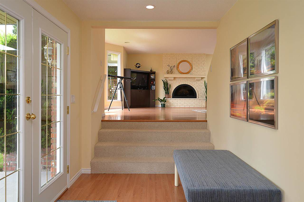 Photo 3: Photos: 5130 CHAPMAN Road in Sechelt: Sechelt District House for sale (Sunshine Coast)  : MLS®# R2085227