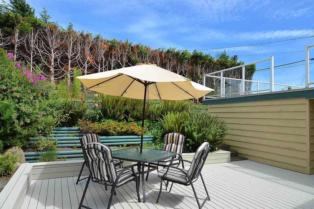 Photo 12: Photos: 5130 CHAPMAN Road in Sechelt: Sechelt District House for sale (Sunshine Coast)  : MLS®# R2085227
