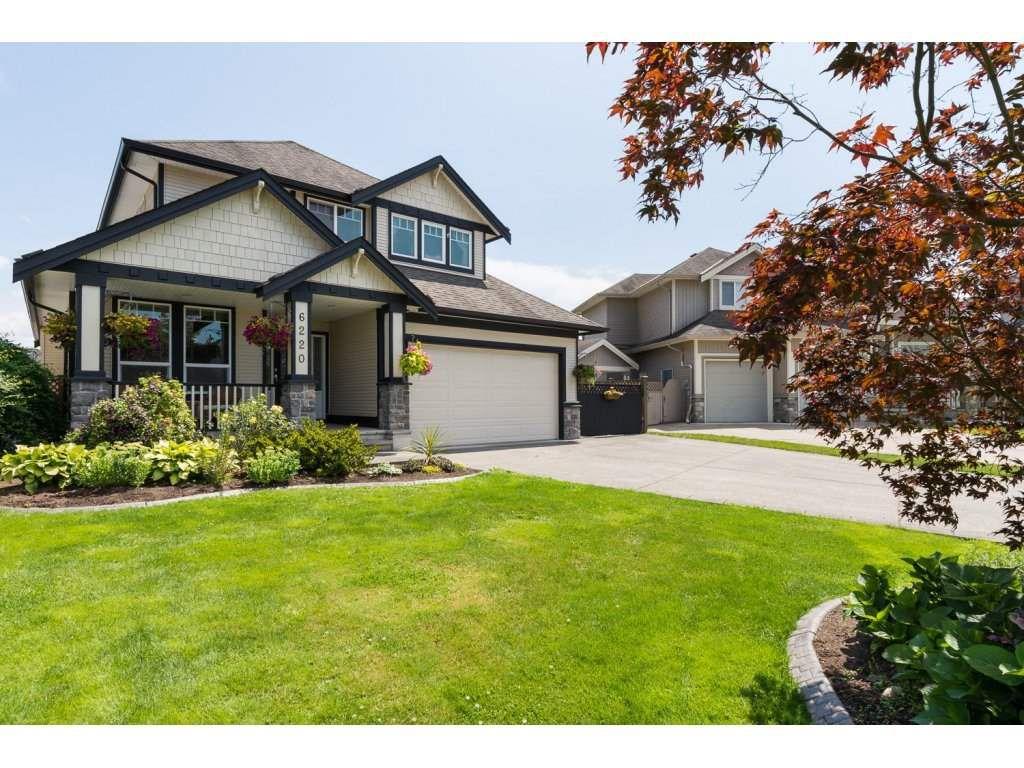 "Main Photo: 6220 167 Street in Surrey: Cloverdale BC House for sale in ""WEST CLOVERDALE"" (Cloverdale)  : MLS®# R2093107"