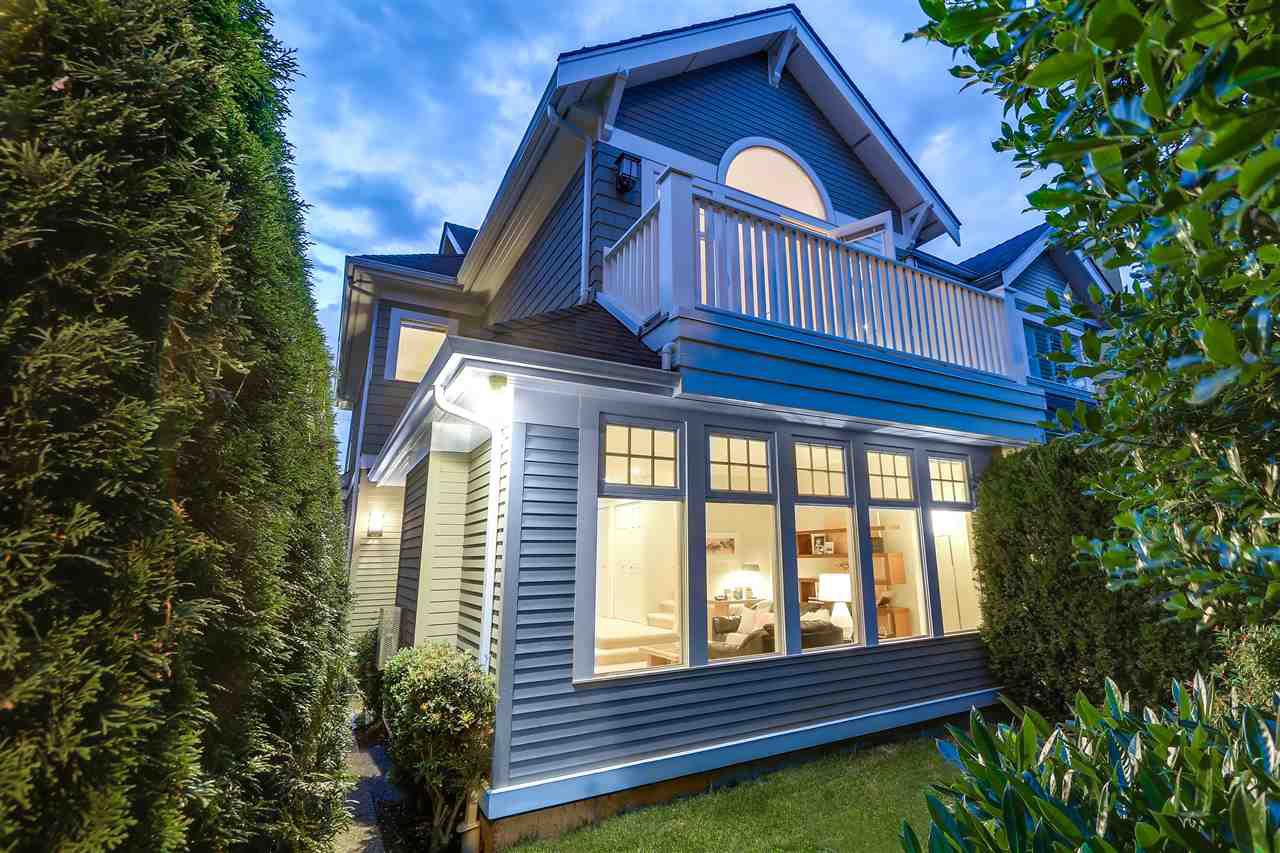 Main Photo: 2517 CORNWALL Avenue in Vancouver: Kitsilano House 1/2 Duplex for sale (Vancouver West)  : MLS®# R2180813