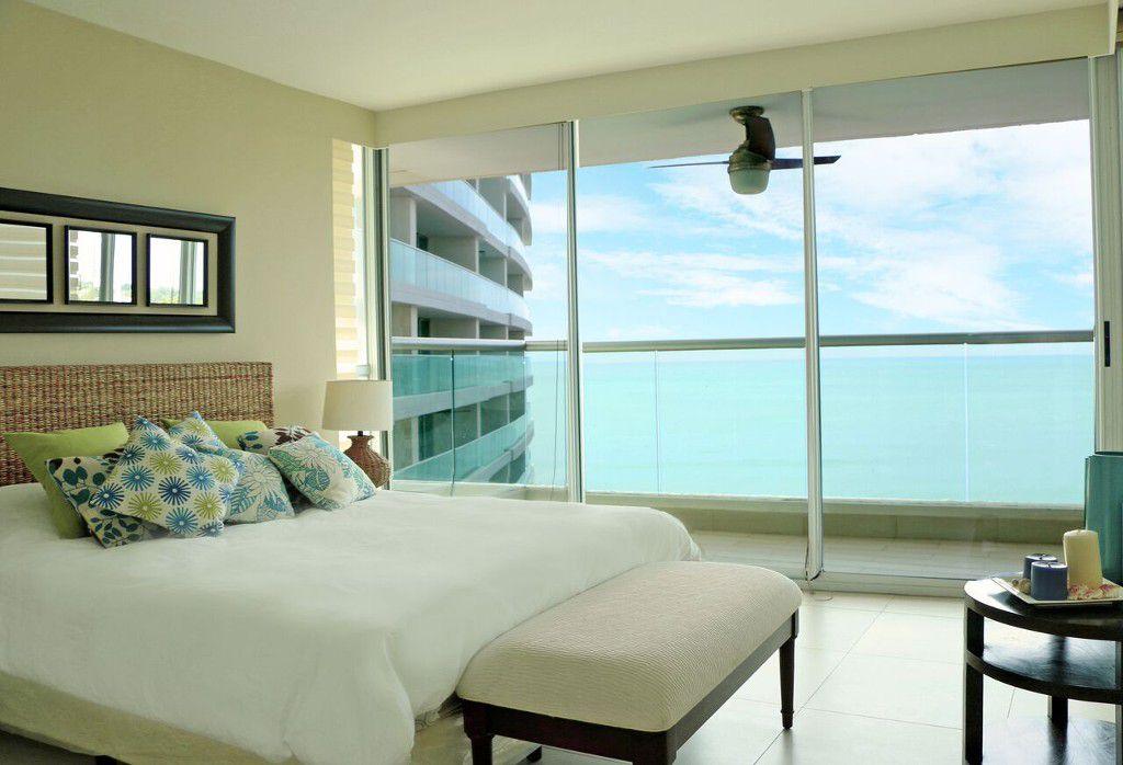 Main Photo: 海岸公寓距离巴拿马城45分钟车程