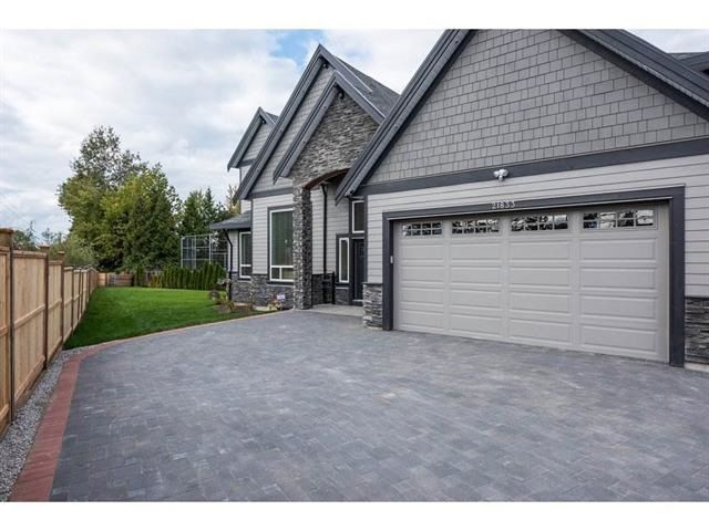 Photo 1: Photos: 21833 51 Avenue in Langley: Murrayville House for sale : MLS®# R2227348
