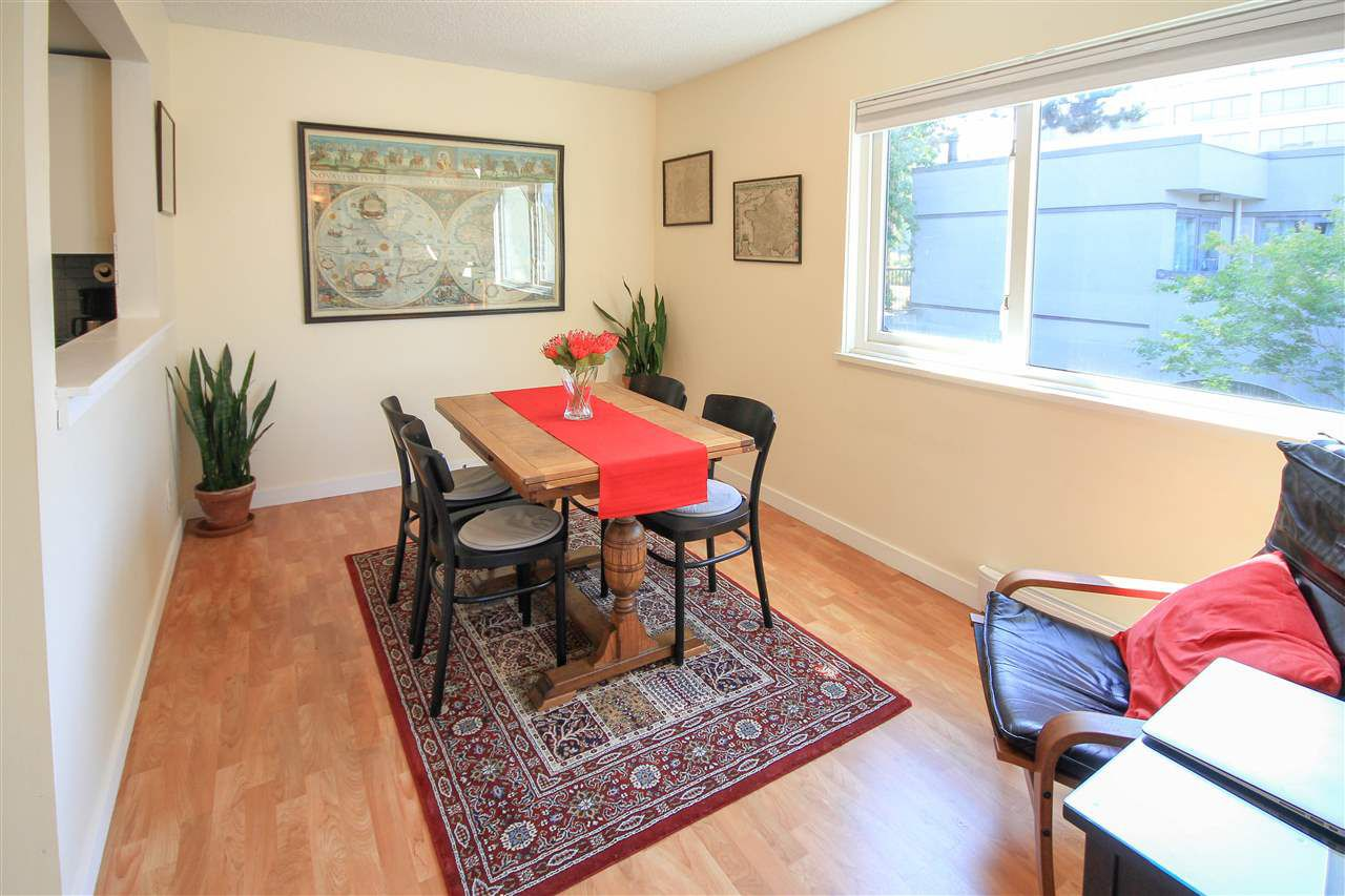 Main Photo: 1320 W 7TH Avenue in Vancouver: Fairview VW Townhouse for sale (Vancouver West)  : MLS®# R2304267