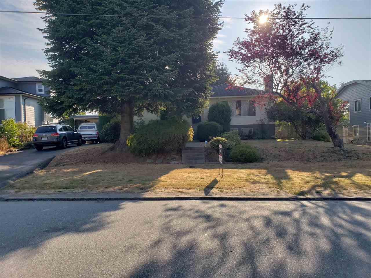 Main Photo: 4336 CARLETON Avenue in Burnaby: Burnaby Hospital House for sale (Burnaby South)  : MLS®# R2305007
