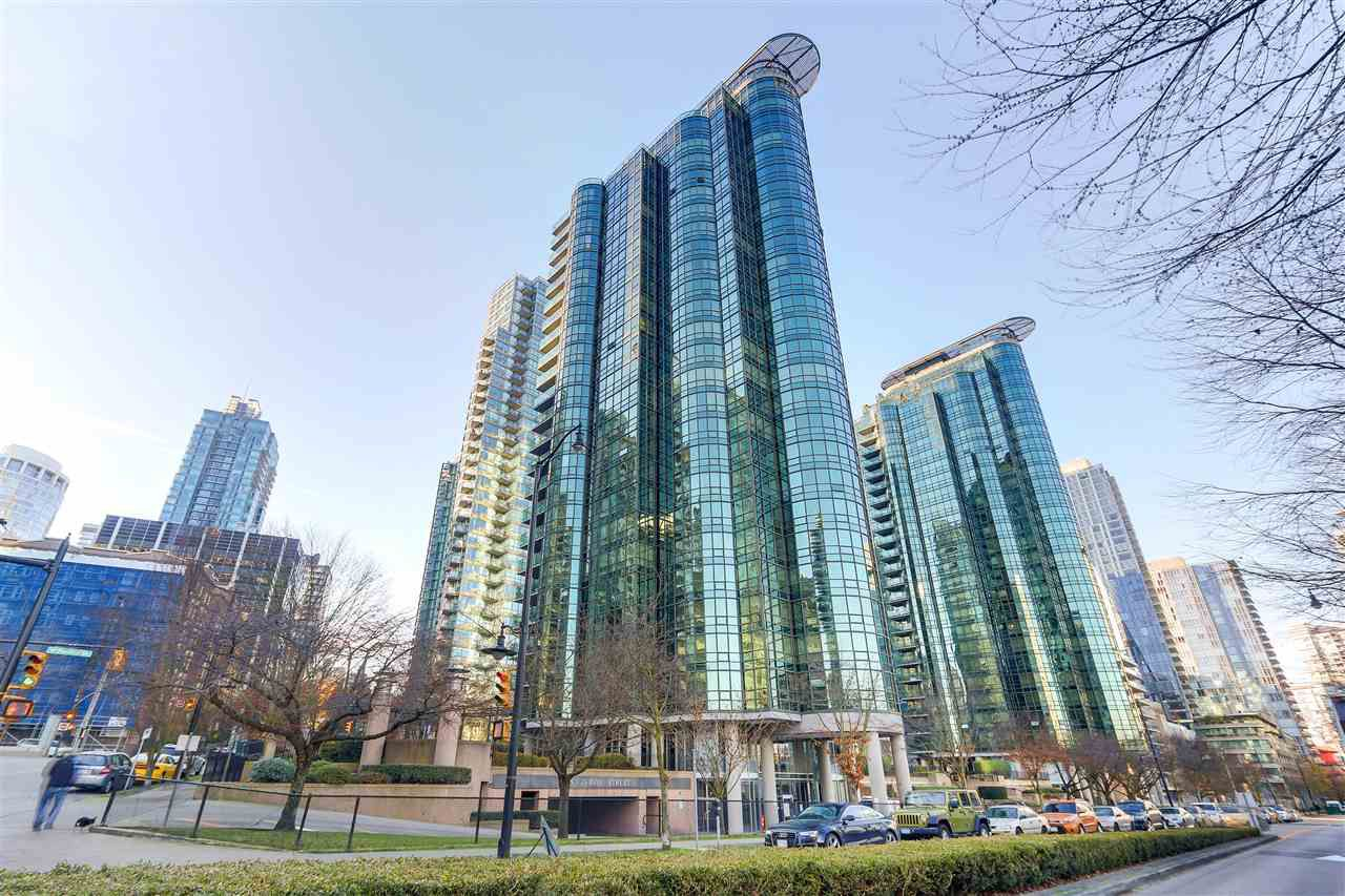 "Main Photo: 705 555 JERVIS Street in Vancouver: Coal Harbour Condo for sale in ""HARBOURSIDE PLACE"" (Vancouver West)  : MLS®# R2329872"