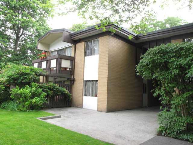 """Main Photo: 4 5505 OAK Street in Vancouver: Shaughnessy Condo for sale in """"SHAWNOAKS"""" (Vancouver West)  : MLS®# V916501"""