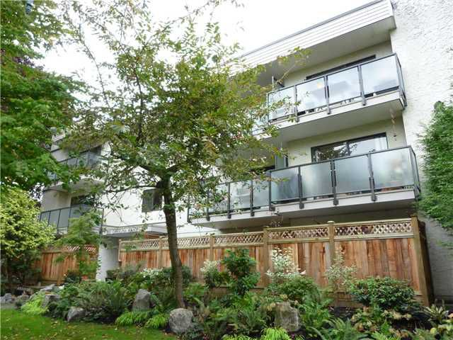 "Main Photo: 306 550 E 7TH Avenue in Vancouver: Mount Pleasant VE Condo for sale in ""Carolina Manor"" (Vancouver East)  : MLS®# V925591"