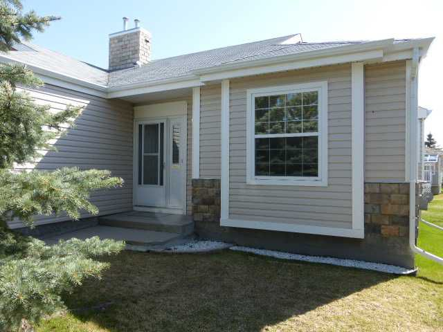 Main Photo: 311 DE FORAS Close NW: High River Residential Attached for sale : MLS®# C3623167