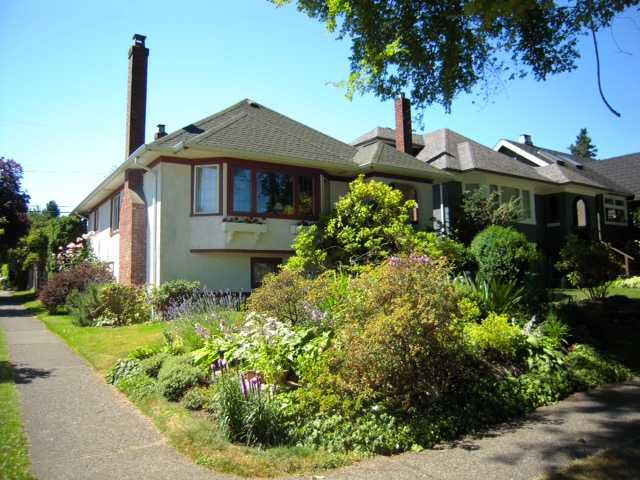 """Main Photo: 3804 W 20TH Avenue in Vancouver: Dunbar House for sale in """"Dunbar"""" (Vancouver West)  : MLS®# V1089470"""