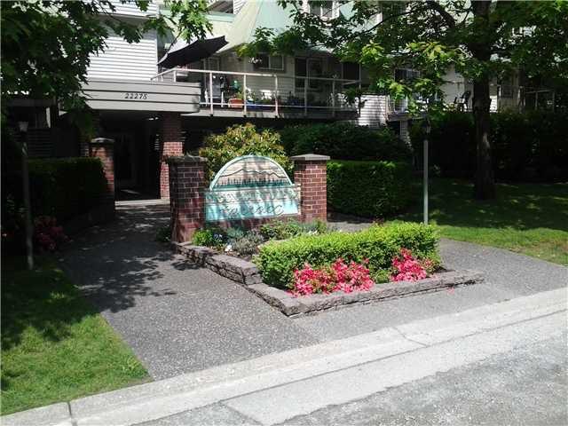 Main Photo: # 105 22275 123RD AV in MAPLE RIDGE: West Central Condo for sale ()  : MLS®# V940533