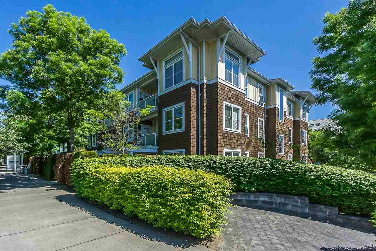 Main Photo: 105 1375 VIEW Crescent in Delta: Beach Grove Condo for sale (Tsawwassen)  : MLS®# R2065533