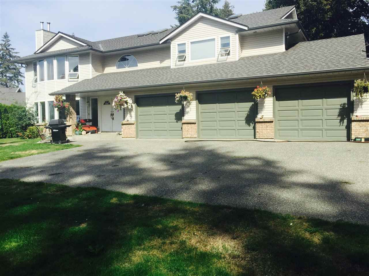 Main Photo: 5517 125A Street in Surrey: Panorama Ridge House for sale : MLS®# R2108781