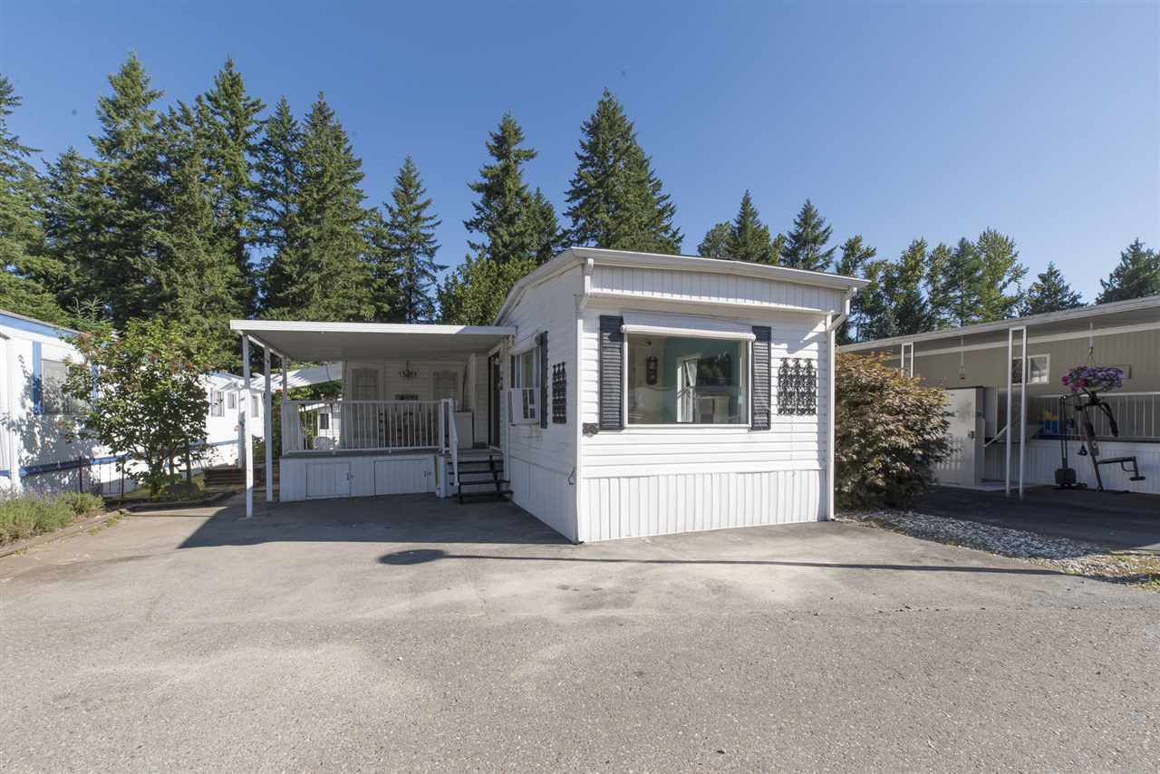 """Main Photo: 36 9080 198 Street in Langley: Langley City Manufactured Home for sale in """"FOREST GREEN ESTATES"""" : MLS®# R2190545"""