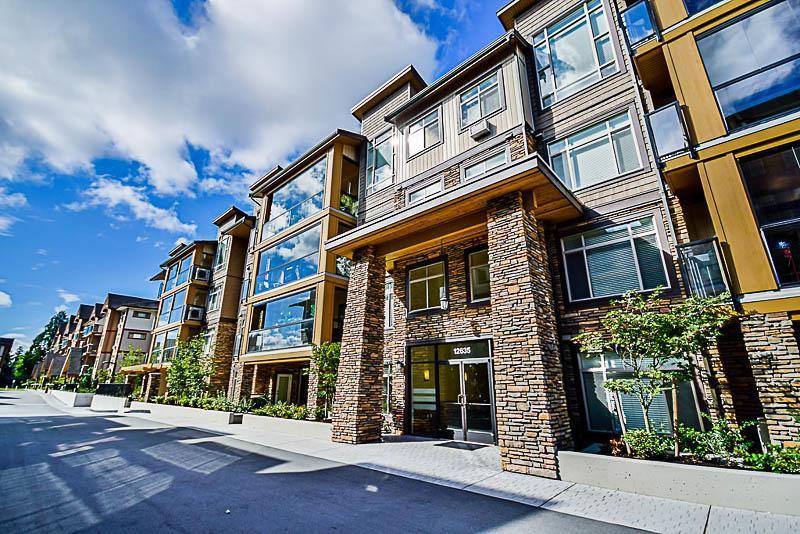 Main Photo: 409 12655 190A STREET in Pitt Meadows: Mid Meadows Condo for sale : MLS®# R2225101