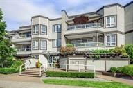 "Main Photo: 314 1840 SOUTHMERE Crescent in Surrey: Sunnyside Park Surrey Condo for sale in ""Southmere Mews"" (South Surrey White Rock)  : MLS®# R2235394"