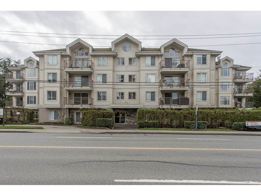 """Main Photo: 105 33502 GEORGE FERGUSON Way in Abbotsford: Central Abbotsford Condo for sale in """"CARINA COURT"""" : MLS®# R2250786"""