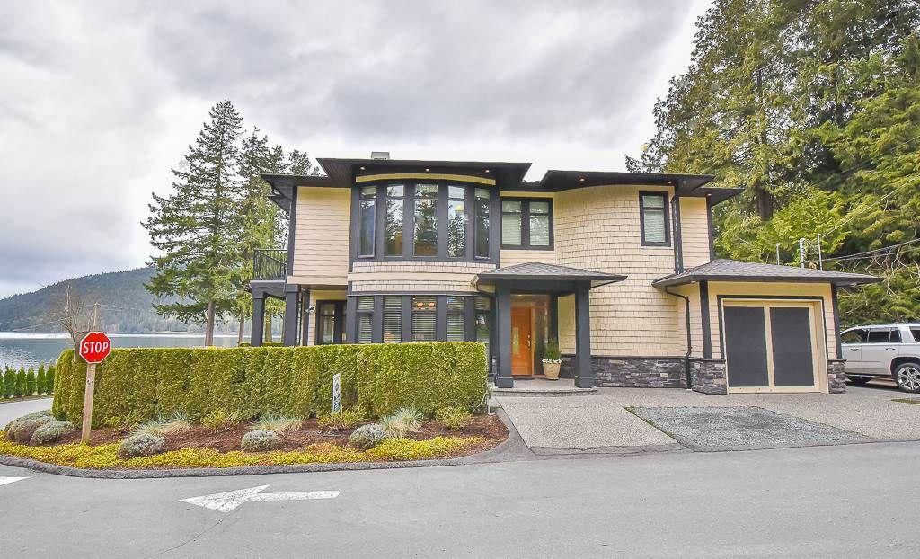 Main Photo: 447 1ST Avenue: Cultus Lake House for sale : MLS®# R2355693