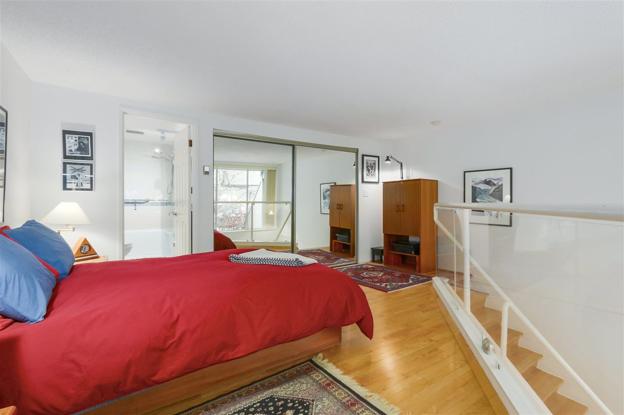 Photo 15: Photos: 1033 W 8TH Avenue in Vancouver: Fairview VW Townhouse for sale (Vancouver West)  : MLS®# R2357973