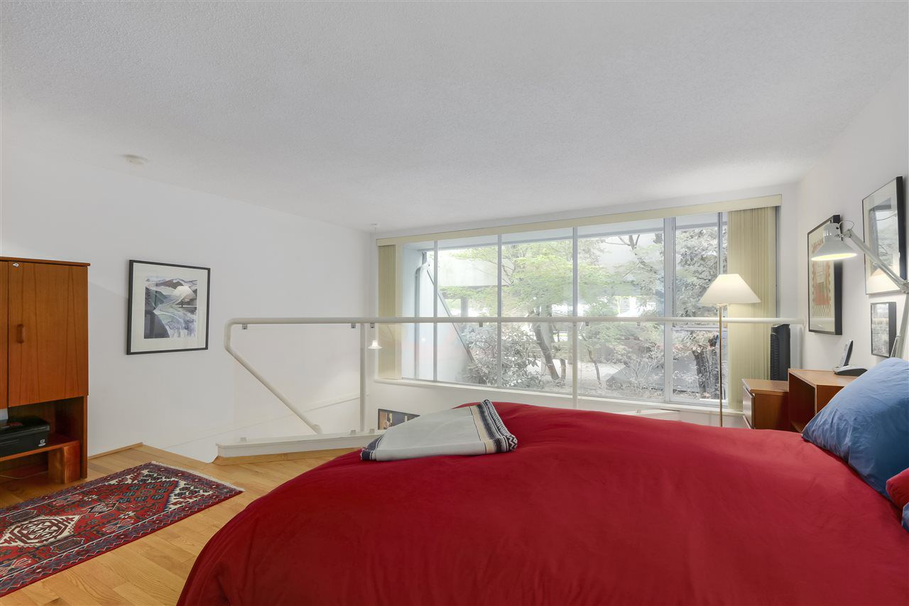 Photo 14: Photos: 1033 W 8TH Avenue in Vancouver: Fairview VW Townhouse for sale (Vancouver West)  : MLS®# R2357973