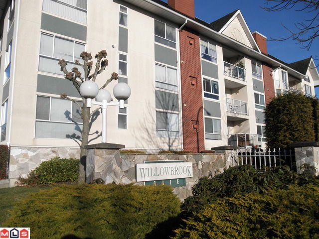 Main Photo: 315 19835 64TH Avenue in Langley: Willoughby Heights Condo for sale : MLS®# F1201075